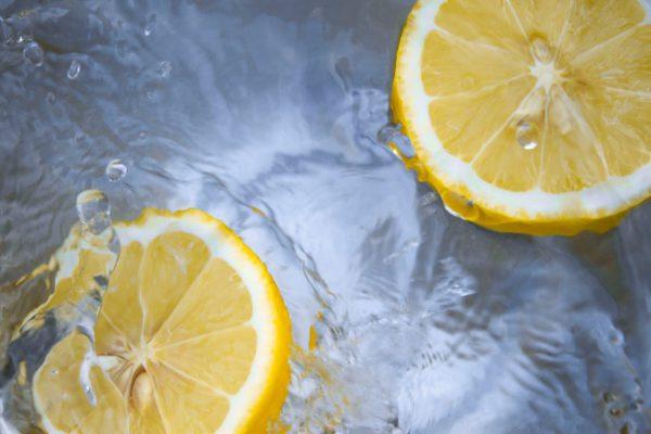 вода с лимоном фото