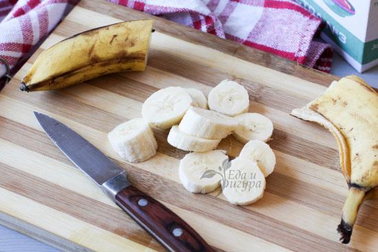 фото бананов и пп-панкейки