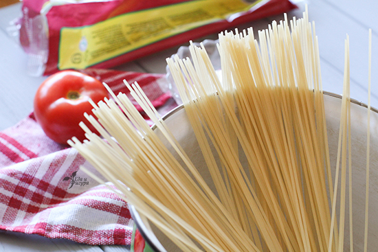 паста с томатным соусом фото спагетти