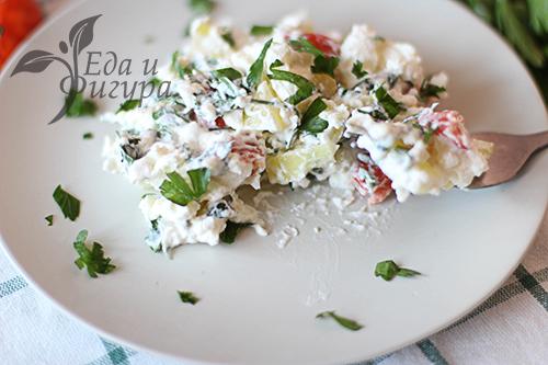 фото Салат с творогом и овощами