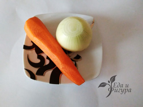 как приготовить куриный бульон фото моркови и лука