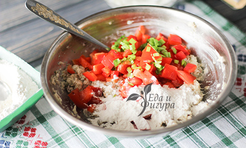 рыбные котлеты с овощами фото помидор, перца, зелени, фарша, муки