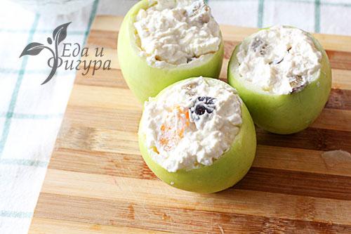 Запеченные яблоки в духовке фото