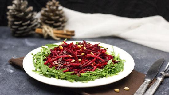 постный салат из свеклы фото готового блюда