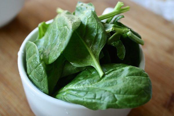 какие продукты полезны для кожи фото шпината
